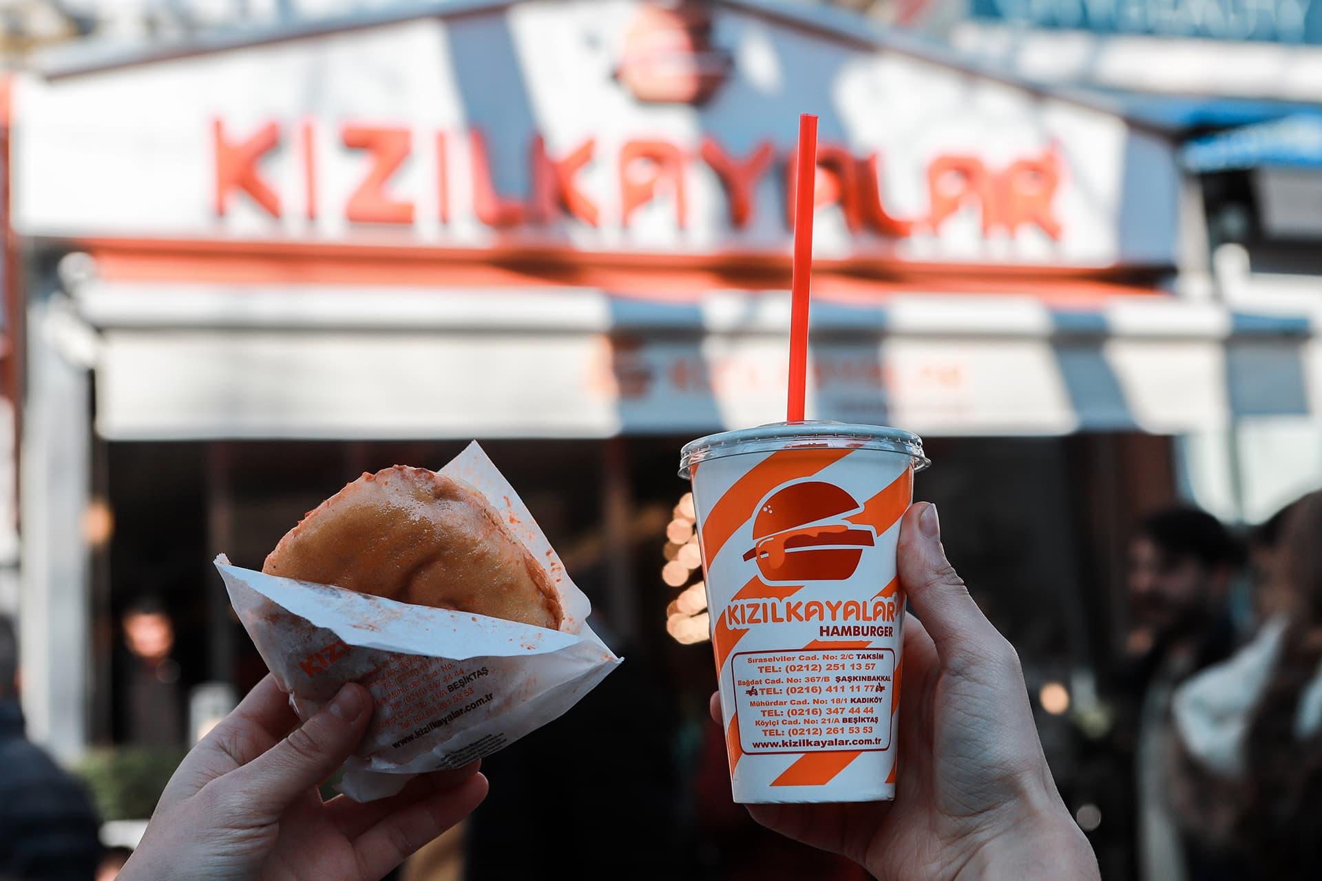 Islak Hamburgerin Sokak Yemekleri Kültüründeki Yeri